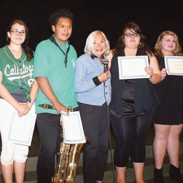Lydia Kohler and students
